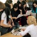 Подросткам помогут трудоустроиться
