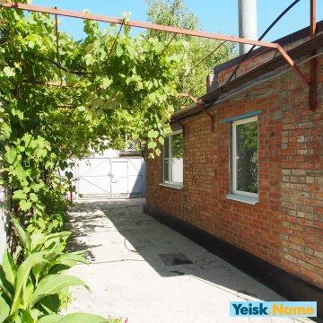 Дом четыре изолированные комнаты ул.Морская Вариант № 156