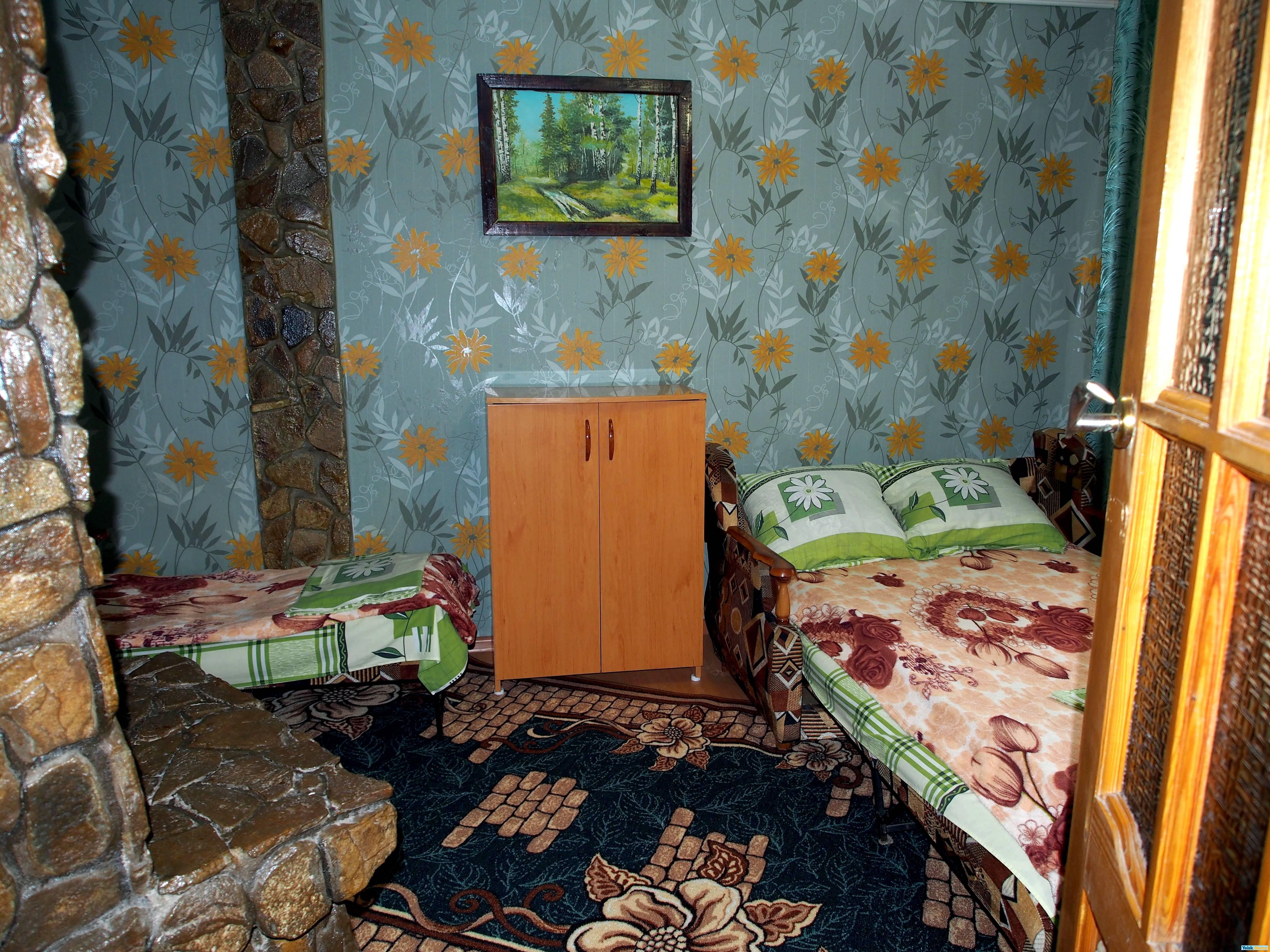 Домик для трех человек на ул.Калинина и Победы Вариант №