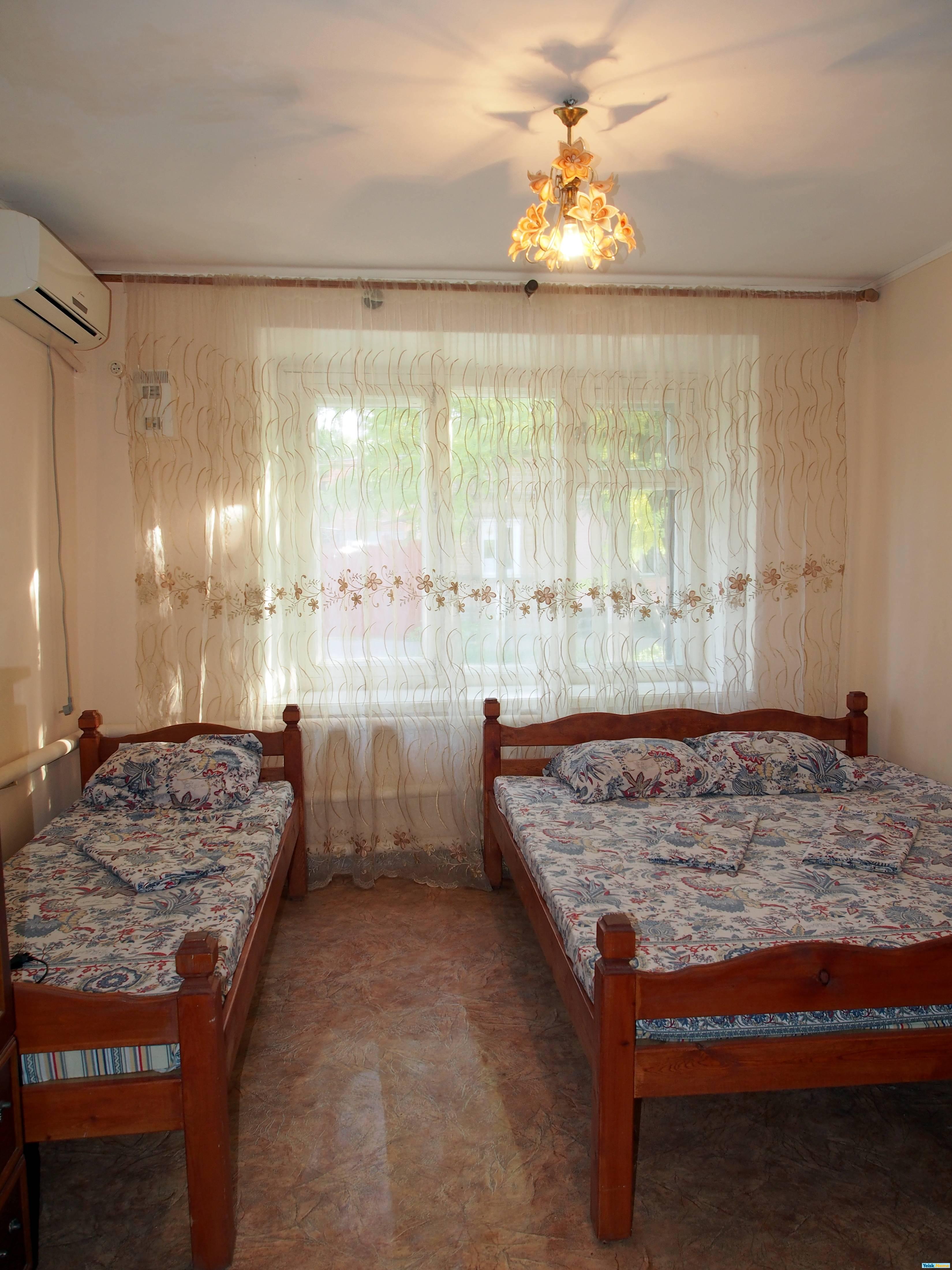 Два дома в одном дворе на ул.Победы Вариант № 232