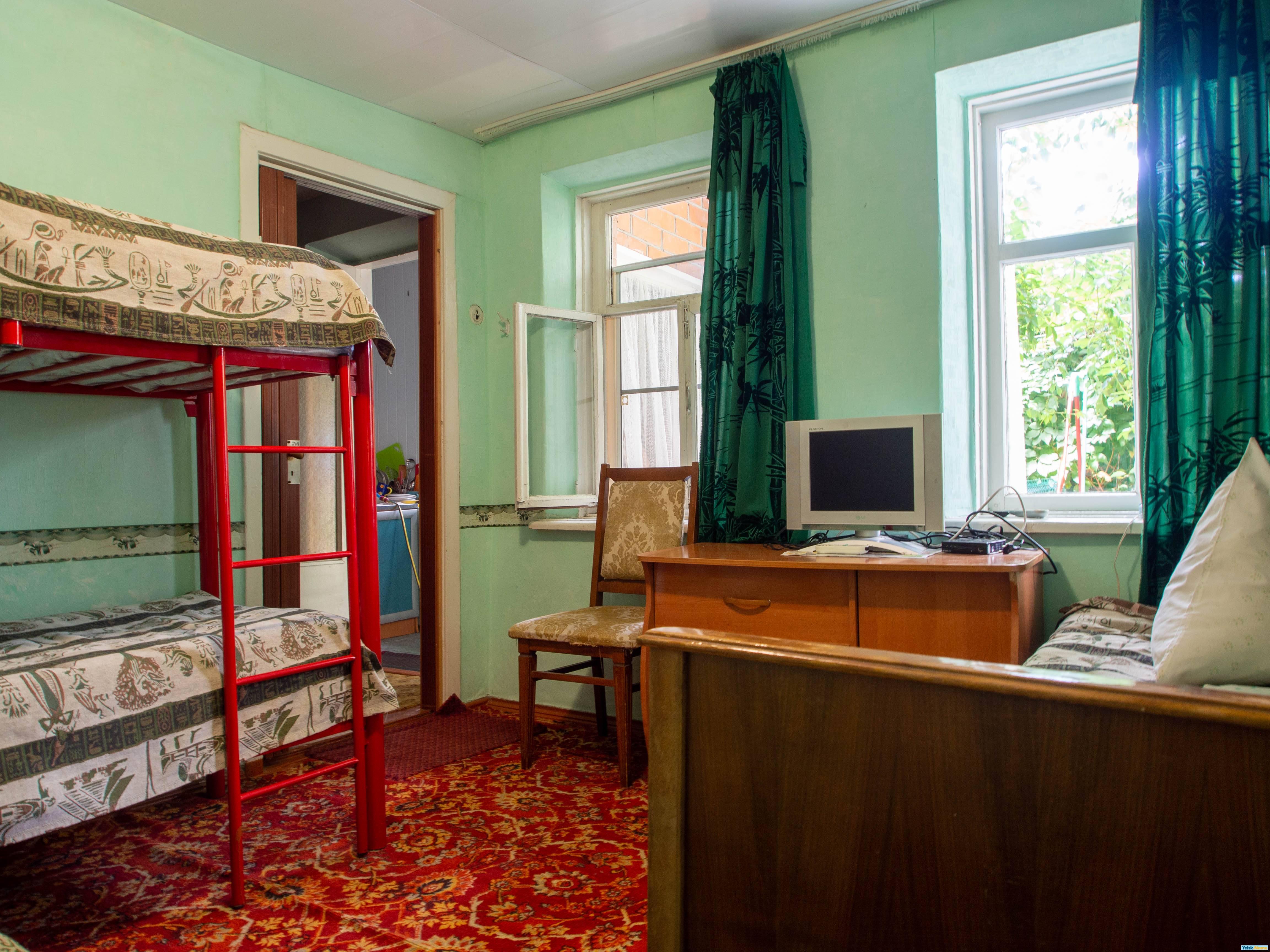 Домик из двух комнат на ул.Октябрьская